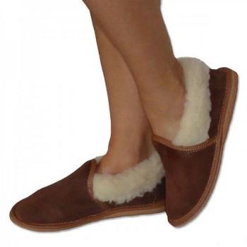 Uzavreté papuče s ovčou vlnou